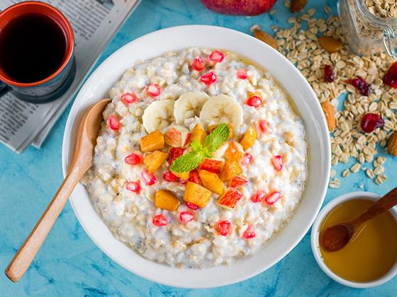 ăn sáng bằng yến mạch